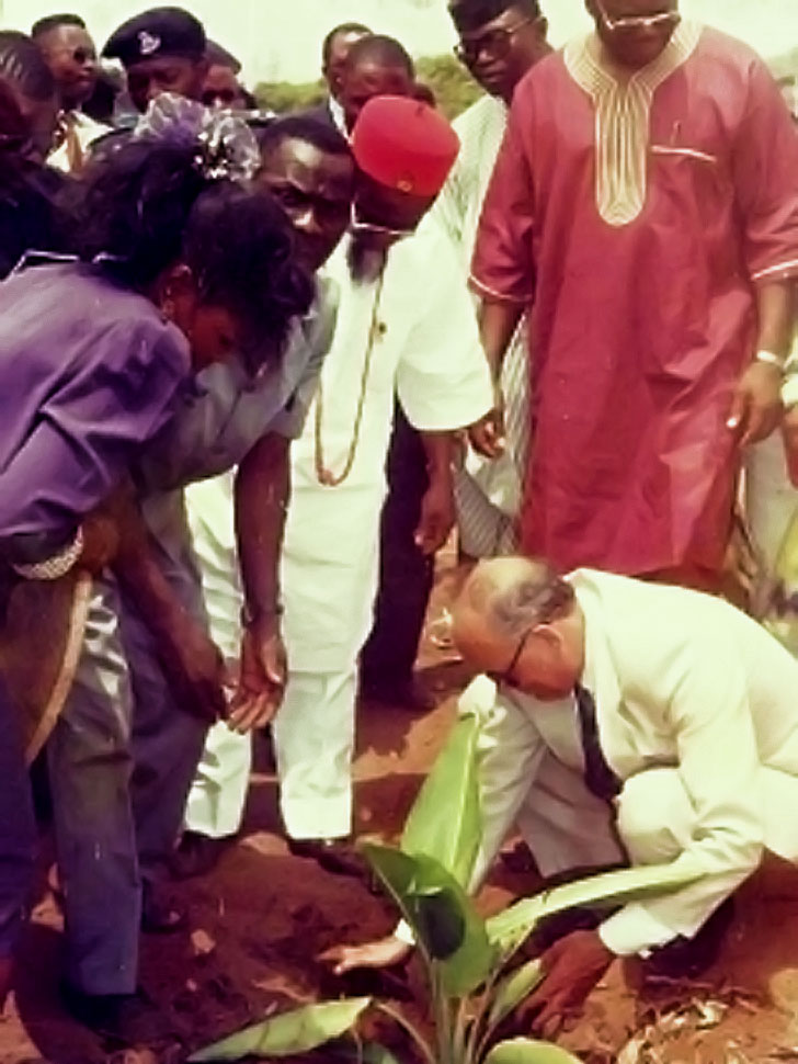 Danish-Ambassador-His-Excellency-Lars-Blinkinberg-planting-the-Grundtvig-Institute-tree